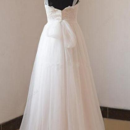 Sleeveless Bateau A-line Wedding Dr..
