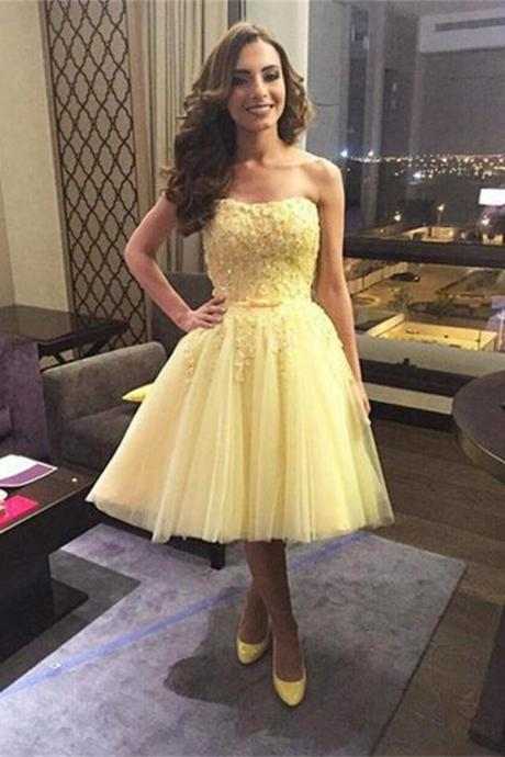 Daffodil Homecoming Dresses,Strapless Tulle Homecoming Dress,Pretty Short Prom Dresses